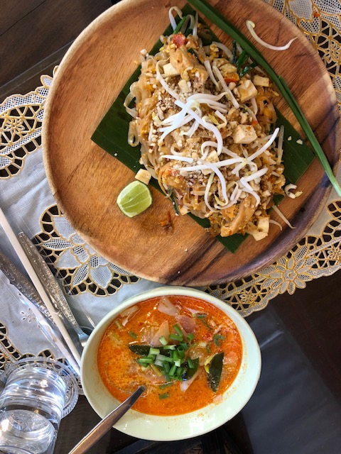 Pad Thai & Chiang Mai curry with egg noodles